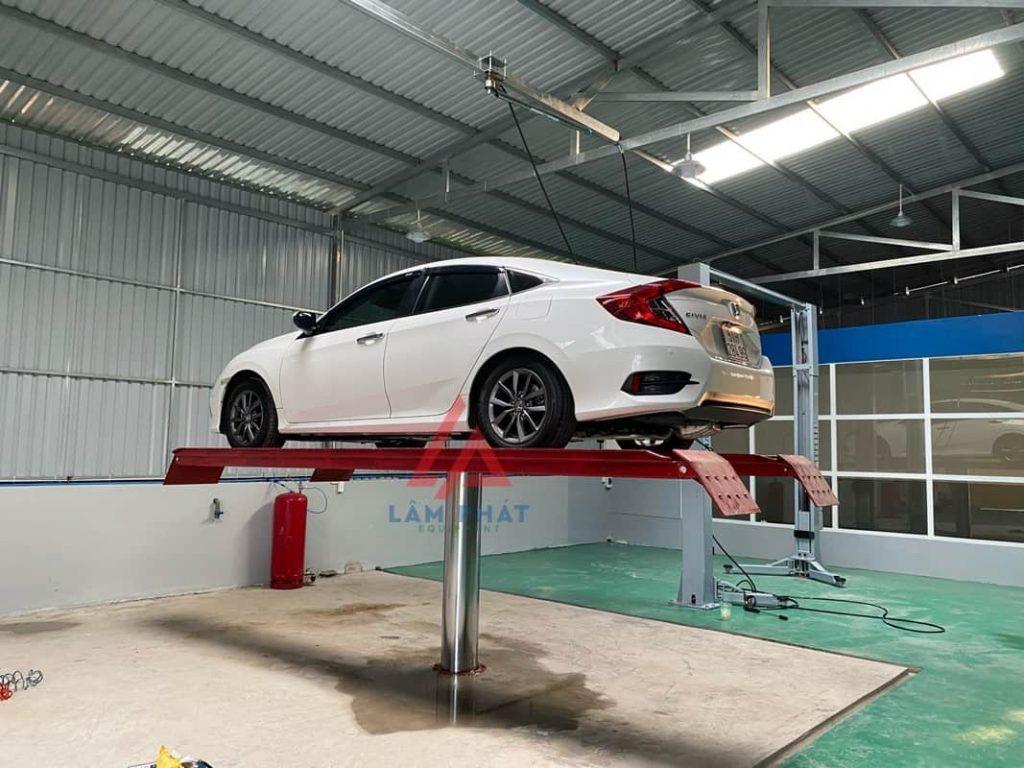 Bộ cầu nâng 1 trụ kiểu mặt bàn lắp nổi chữ H chuyên dùng rửa xe