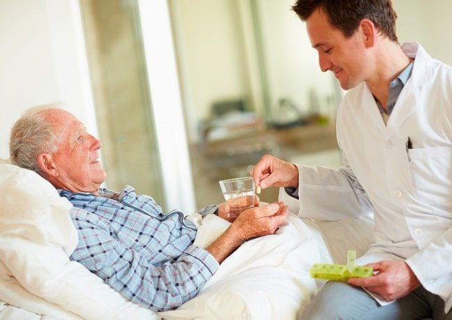 Kinh doanh dịch vụ chăm sóc người lớn tuổi cũng là một công việc kinh doanh vốn ít, thậm chí không cần bỏ vốn.