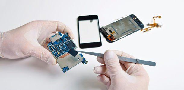 Dịch vụ sửa điện thoại là loại hình dịch vụ phổ biến và cần thiết dù ở khu vực nào.