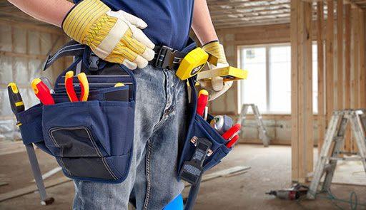 Nếu là một người khéo tay và biết làm nhiều việc vặt, bạn có thể bắt đầu kinh doanh dịch vụ handyman.