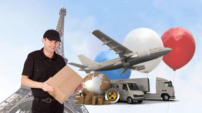 Kinh doanh sau dịch dịch vụ chuyển phát nhanh.