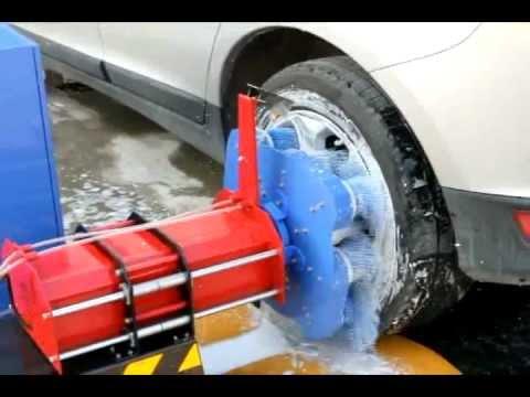 Dàn máy rửa xe ô tô tự động được xem là hình thức kinh doanh khá lời