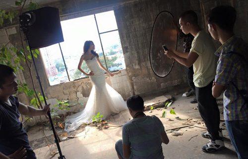 Kinh doanh chụp ảnh cưới là một trong những ý tưởng kinh doanh khởi nghiệp mang lại nhiều lợi nhuận nhất cho các nhiếp ảnh gia.