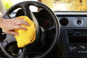 Dung dịch vệ sinh nội thất ô tô
