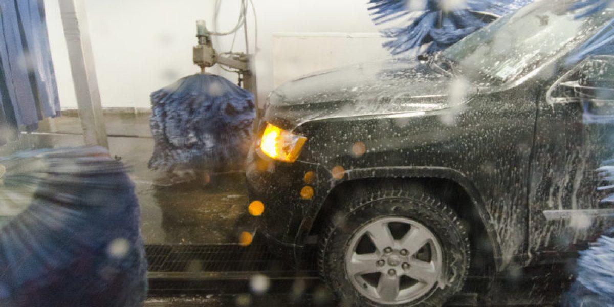 Rửa xe tự động có làm hỏng xe bạn